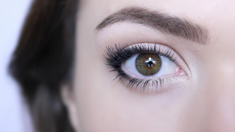 چشم ها را بزرگتر نمایش دهید